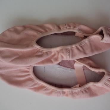 Baletné cvičky kožené v. 37
