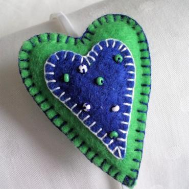 Srdiečková čelenka zeleno-modrá
